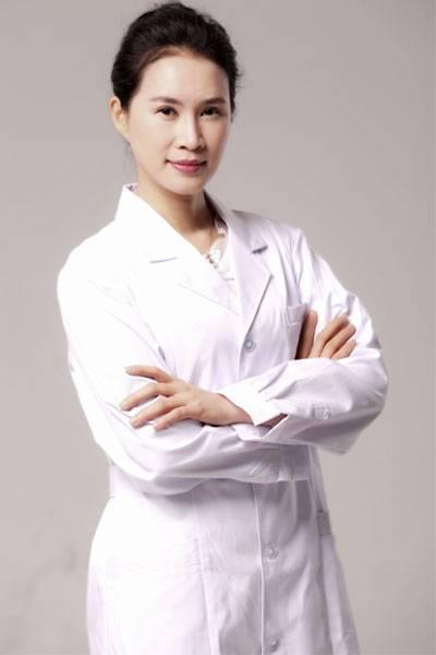 邱凌燕医生
