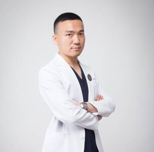 杨权明医生