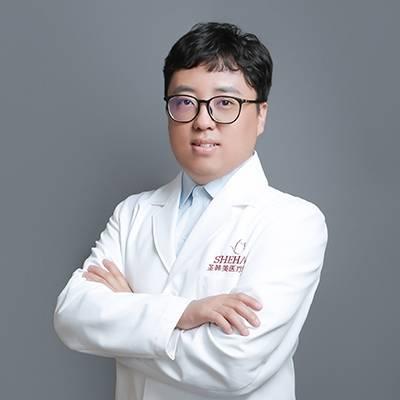 朴星银医生